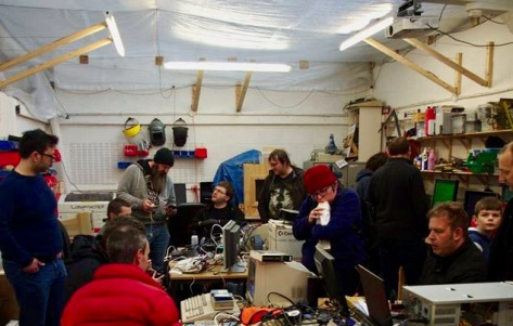 A busy SWAG Meet #3 gets going at Swindon Makerspace. [Pic Steve Netting]